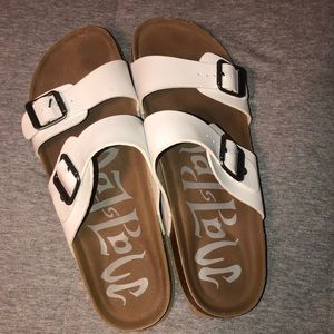 MadLove Sandals